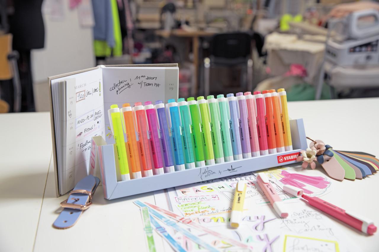 Zakreślacz STABILO SWING COOL pastel 18szt. podstawka na biurko 275/18-01-5, za 0277245